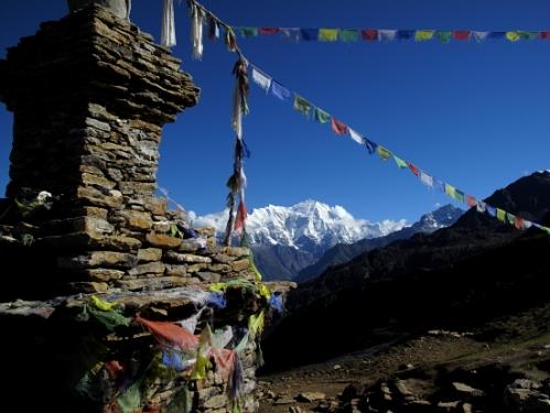 stupa and lnagtang